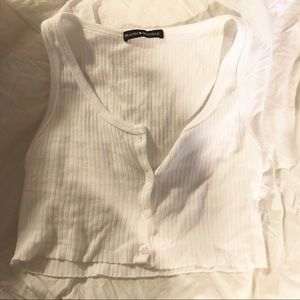 BRANDY MELVILLE - CROPPED BUTTON UP TANK